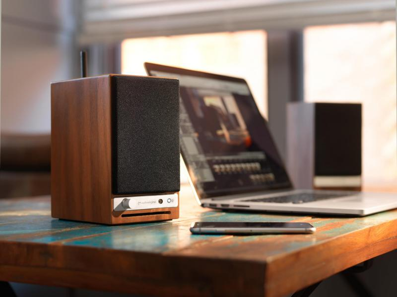 HD3 walnut with computer.jpg